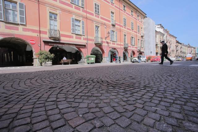 Cuneo_Via-Roma_2014