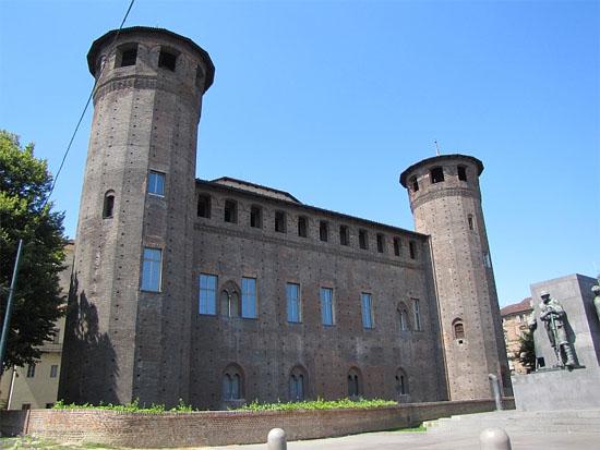 Visita guidata al Castello degli Acaja di Fossano