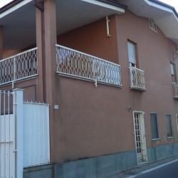 Casa Bifamigliare Monteu Roero