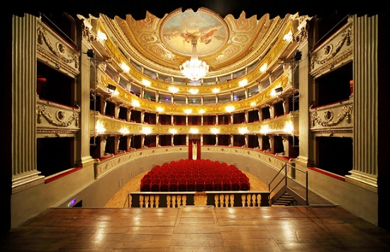 Rassegna teatrale al Teatro Milanollo di Savigliano - calendario 2018/2019