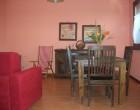 soggiorno/sala pranzo con divano lettoDSCN3609