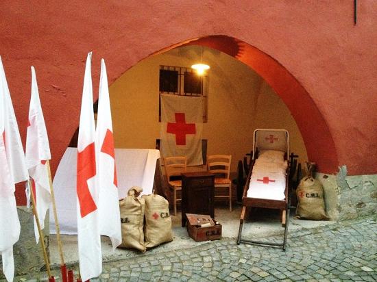 Croce-Rossa-Peveragno_Natale-in-Contrada-2014_2