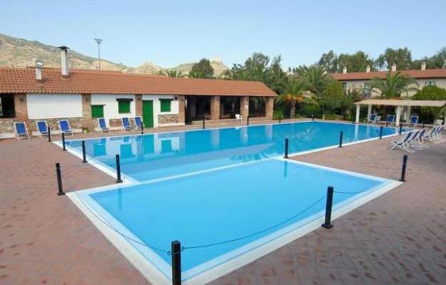 piscina.nuova.1