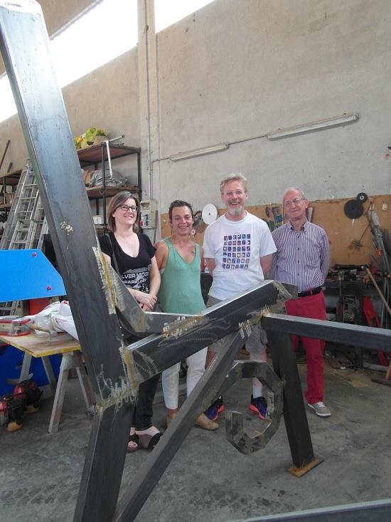 Panchina-gigante-Dogliani-luglio-2015