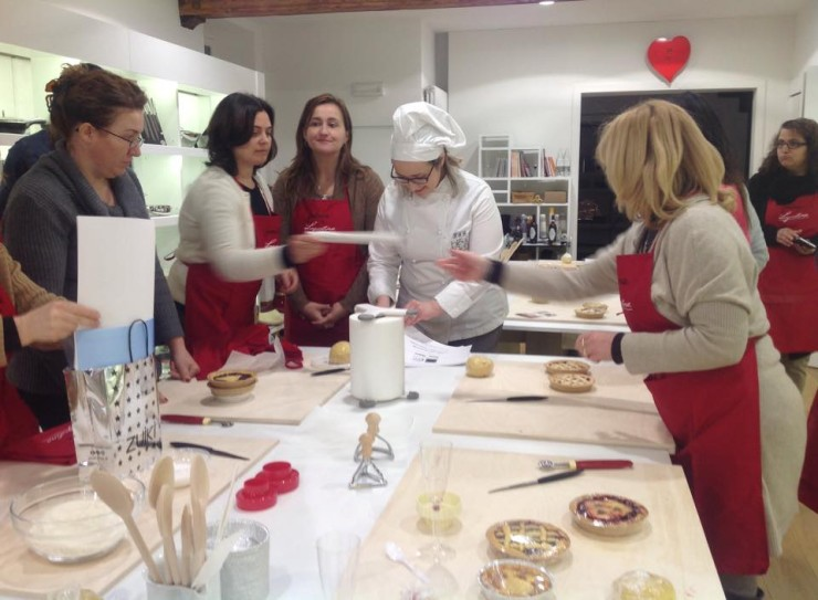 Corso di cucina con sabrina bianco da fontana a cuneo - Corsi cucina cuneo ...