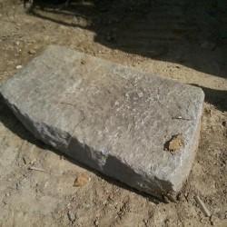 bra cuneo vendo pietre vecchie in blocco contenenti cordoli pilastri...