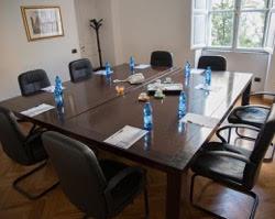 sala riunioni 8