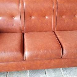 divanetto €50 - Villafalletto Vendo piccolo divanetto in pelle cm...