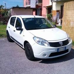 Dacia Sandero GPL €2,700 - Cuneo Come da foto.. Ottimo...