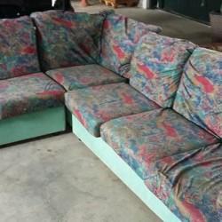 Divano €130 - Villafalletto vendo divano usato lato sinistro 3...