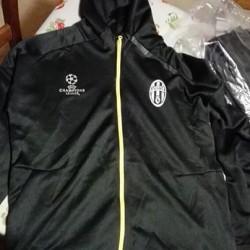 Tuta adidas juventus €55 - Borgo S. Dalmazzo (Cuneo) Tuta...