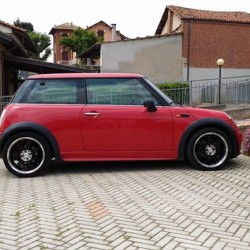 Mini one de luxe €2,500 - Bra Mini one 1.6...