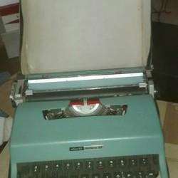 Macchine da scrivere vintage fine anni 60 €70 - Borgo...