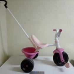 Triciclo rosa con maniglione €20 - Verzuolo Praticamente nuovo