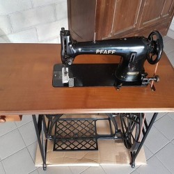Macchina da cucire PFAFF €70 - Bra Ristrutturata la parte...