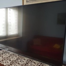 Tv 4k 42 Pollici €350 Salve vendo TV marca Telefunken...