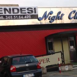 Locale per intrattenimento adatto per discoteca o night o simili,...