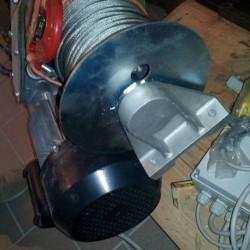 Vendo paranco nuovo portata 300 kg €350 - 12051 Velocità...