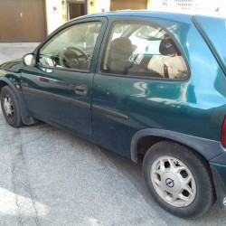 Opel corsa €350 - Cuneo 1.2 benzina Verde bosco 187000...