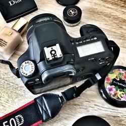 Attenzione! Azione! Il trucco professionale +servizio fotografico in città €100...