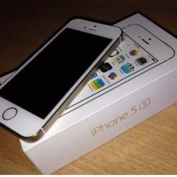 Vendo iphone 5s 32gb €255 Vendo Iphone 5s 32gb completo...