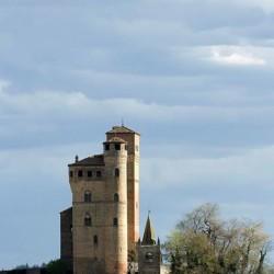 A Serralunga si racconta il Castello. Domenica 22 ottobre, Pietrino...
