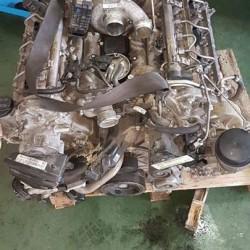 Vendesi pezzi in ottimo stato Motore Mercedes v6 320 Cls/ML/E/R/GL/S-klass...