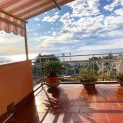Appartamento con fantastica vistamare! €150,000 - Sanremo, Liguria Appartamento Vistamare
