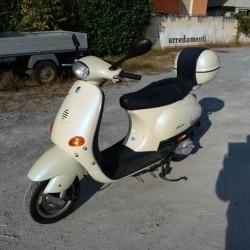 Vespa et4 50 €600 - Margarita (Italia) Vendo Vespa 50...