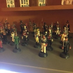 Soldatini di piombo €100 - 12100 Soldatini di piombo Circa...
