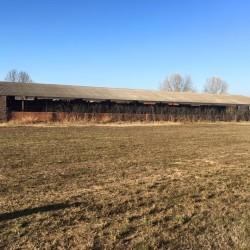 azienda agricola e terreni $450,000 - Fossano Casa con porticato...