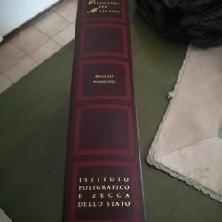 Libri €5,000 - Barolo (Italia) Collana di libri di 100...