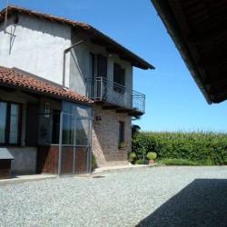 Affitto casa indipendente in campagna €650 - Saluzzo Nelle vicinanze...