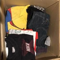 Indumenti 3anni maschio €30 - Bernezzo Vendo scatolone con vestiti...
