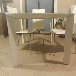 Tavolo €250 - Mondovì Tavolo 90x120 allungabile con piano in...