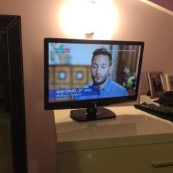 """Tv acer 22"""" €40 - 12051 Vendo televisore come in..."""