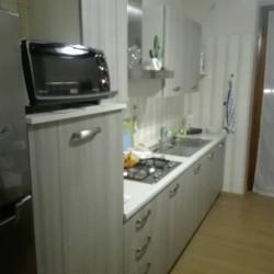 Cucina ultra moderna. €1,500 - Busca Cucina composta di frigo....