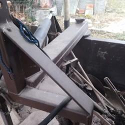 Livellatore artigianale €1,300 - Chiusa di Pesio Peso 4 quintali,...