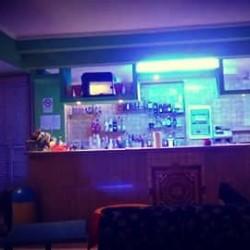 Cedesi club ricreativo per feste private, serate canore, cresime e...
