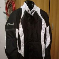 GIACCHE MOTO €200 - Cuneo Cedo due giacche moto come...