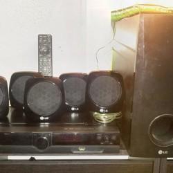 Dolby Surround LG DH3120 €50 - Caraglio Potenza 300W. Radio,USB,DVD.