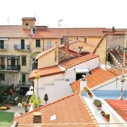 Riva Ligure : Quadrilocale ultimo piano zona centralissima €180,000 -...