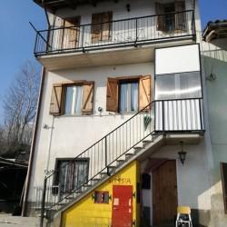 Vendesi bellissima casa a Priocca La casa è di 170...