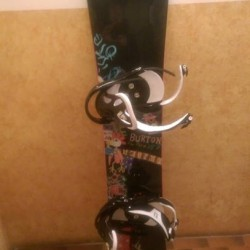 Tavola snowboard Burton + attachi + sacca €200 - Carcare...