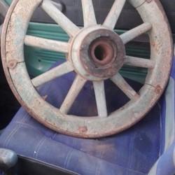 Coppia ruote carro €100 - Cherasco Vendo coppia vecchie ruote...