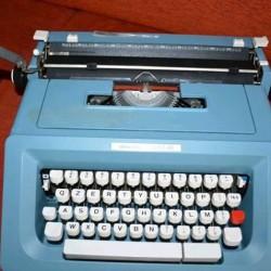 Macchina da scrivere Olivetti €130 - Chatham, NY Macchina da...