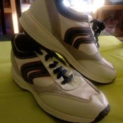 Scarpe n.37 €25 - Cuneo Geox indossate 1 volta X...