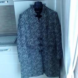 Abbigliamento ,calzature €70 - Beinette Vendo cappotto TG 50,stivali grigi...