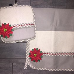 Set natalizio presina e asciugamano da ricamare €10 - Fossano...
