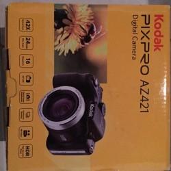 Vendesi macchina fotografica causa INUTILIZZO. Pagata 199€ (scontrino senza prezzo...